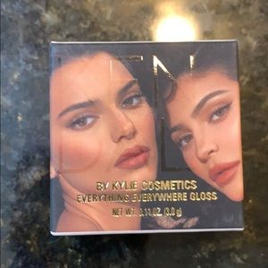 Kylie & Kendall everything everywhere gloss